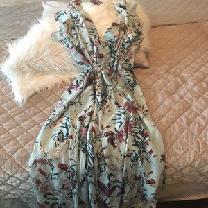 Willow & Clay Mint Floral Wrap Dress Size M